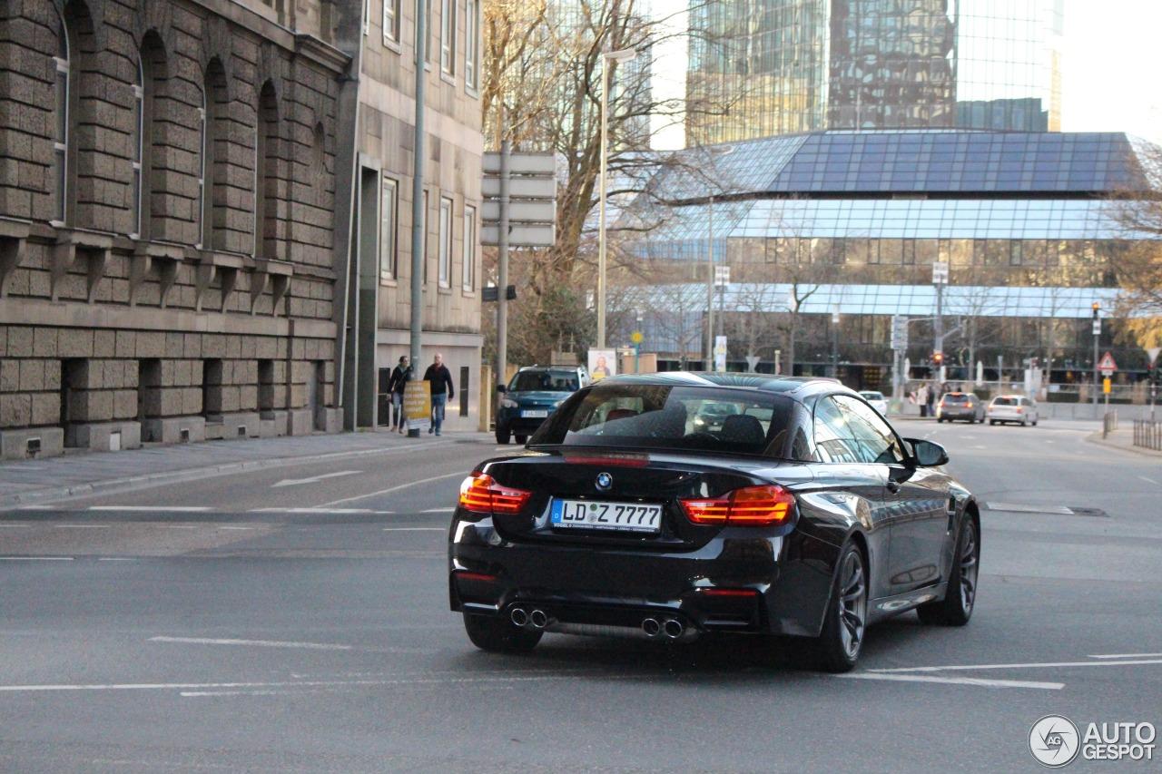 BMW M4 F83 Convertible 4