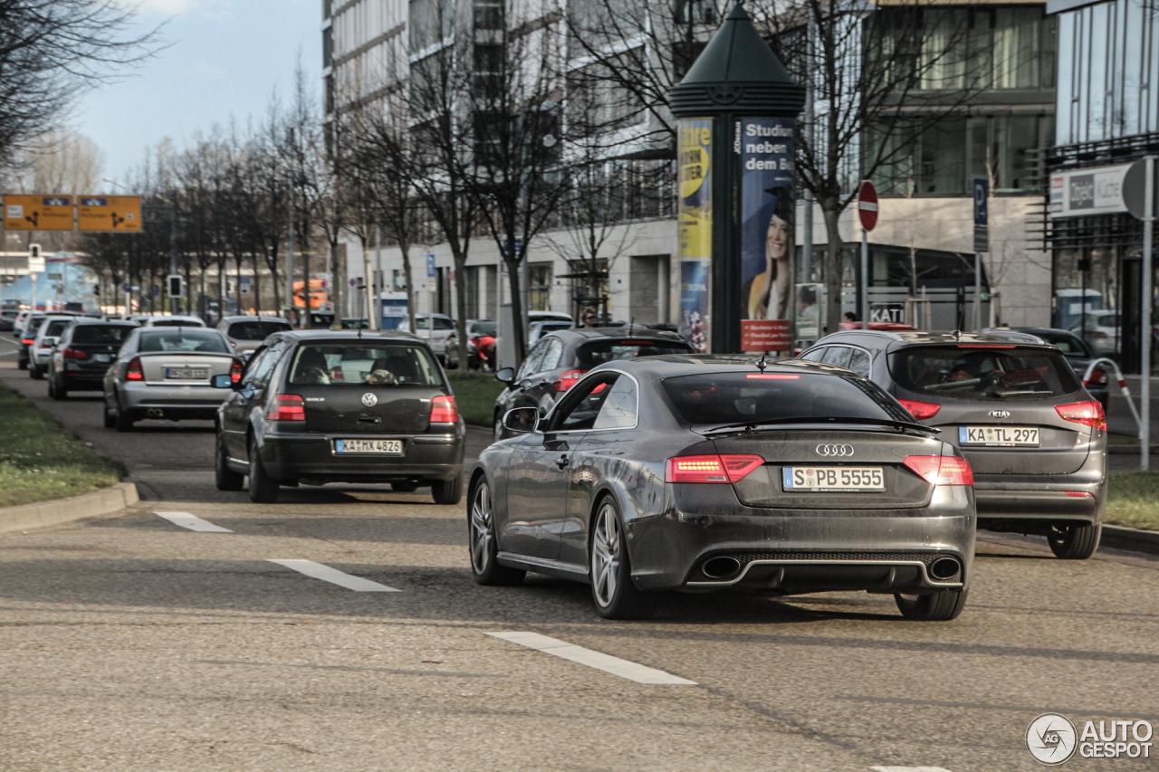 Audi RS5 B8 2012 4