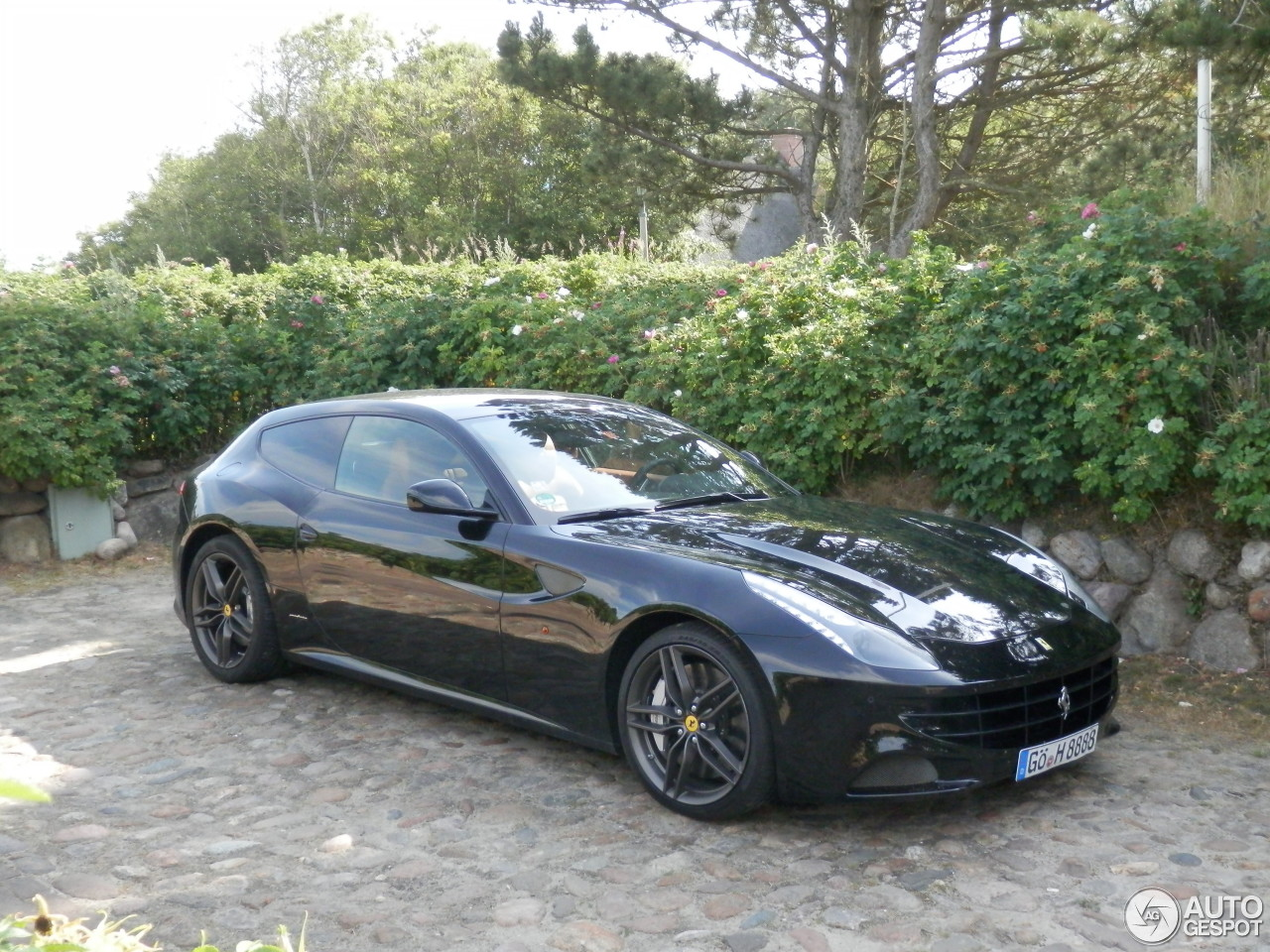 Ferrari FF 3