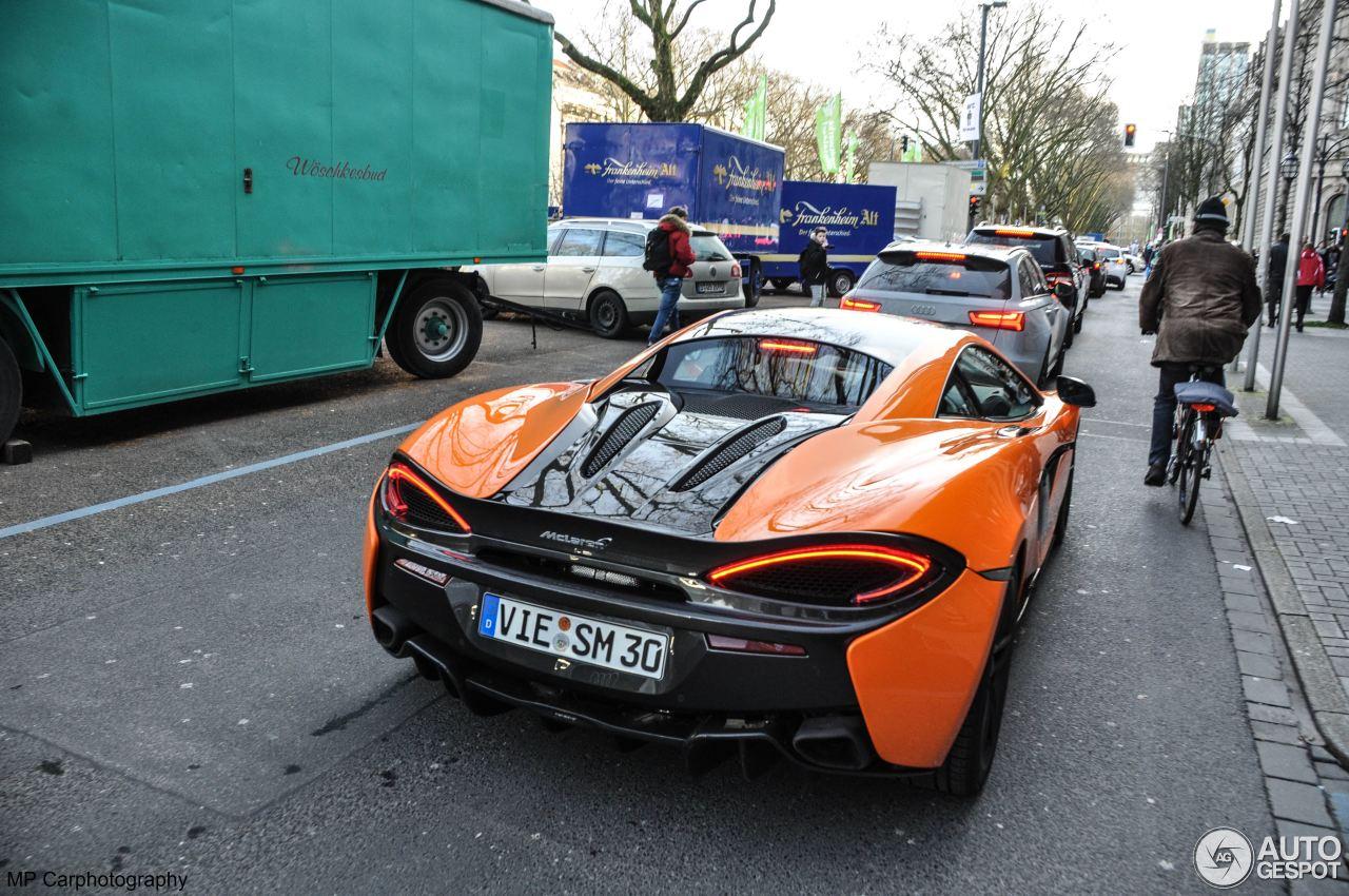 McLaren 570S 8