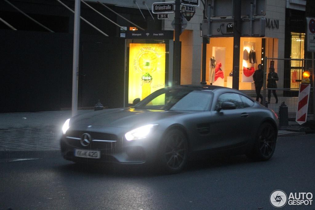 Mercedes-AMG GT S 1