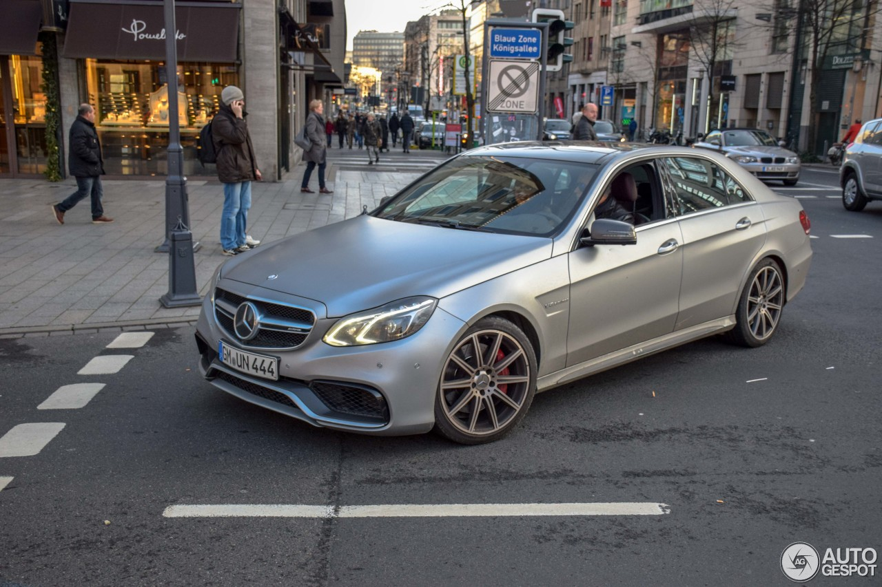 Mercedes-Benz E 63 AMG S W212 1