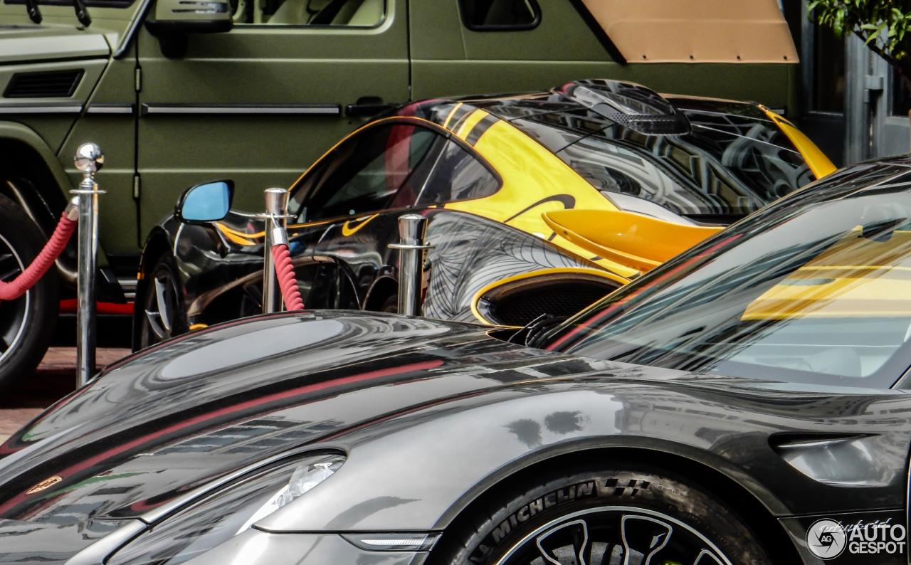 Porsche 918 Spyder 5