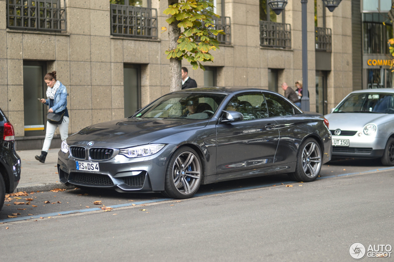 BMW M4 F83 Convertible 2