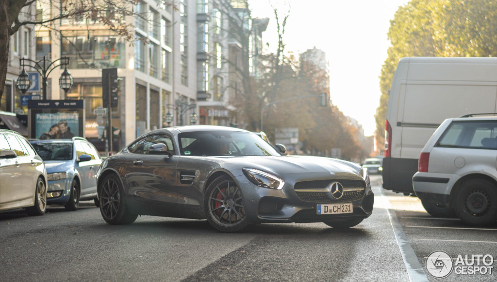 Mercedes-AMG GT S 1
