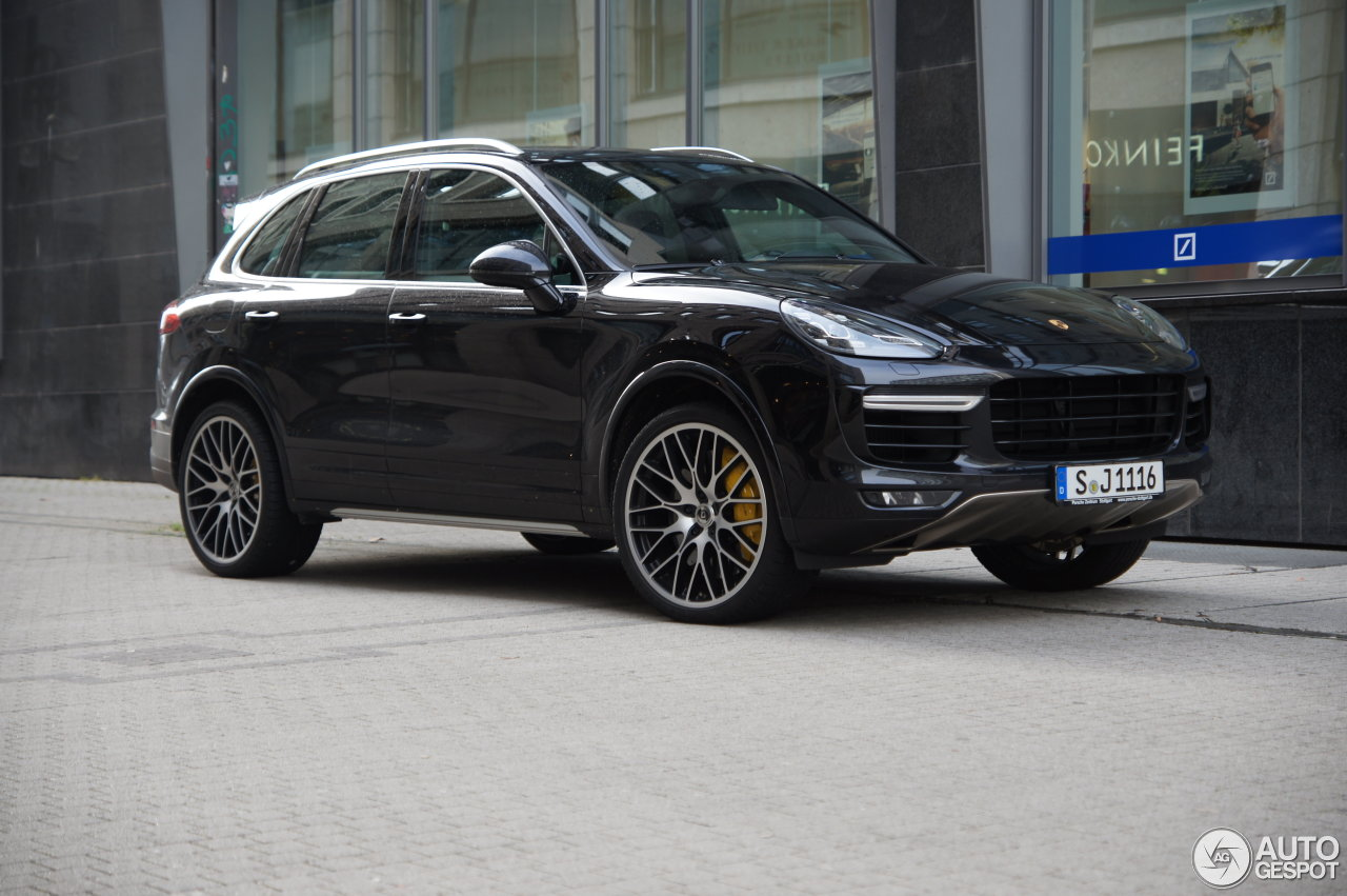porsche 958 cayenne turbo s mkii 13 february 2016. Black Bedroom Furniture Sets. Home Design Ideas