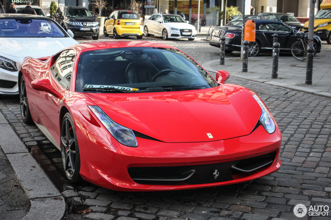Ferrari 458 Italia 1