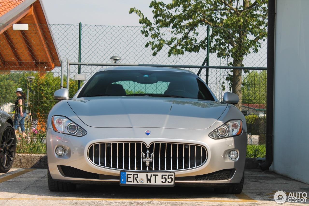 Maserati GranTurismo S Automatic 2