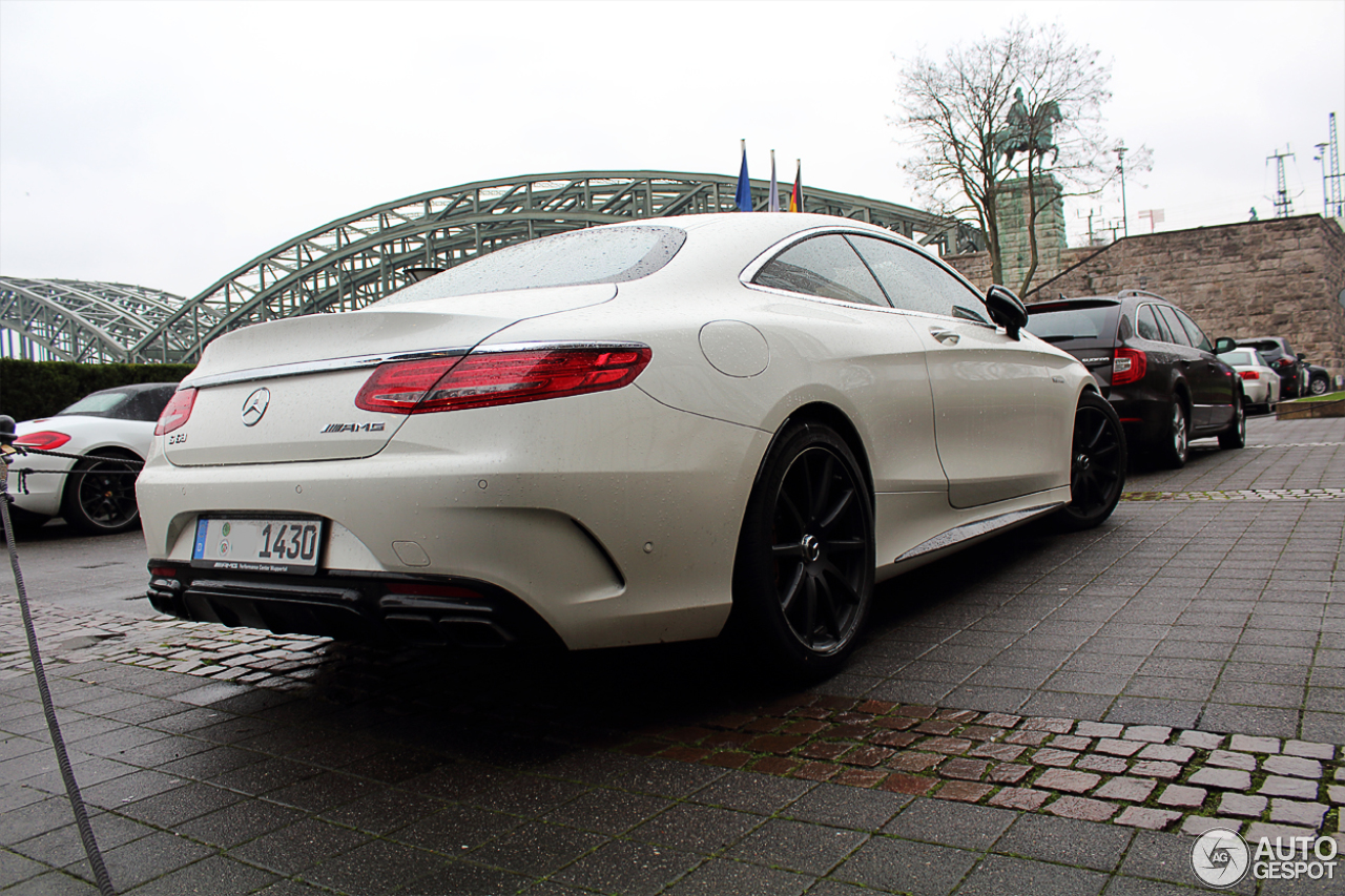 Mercedes-Benz S 63 AMG Coupé C217 7