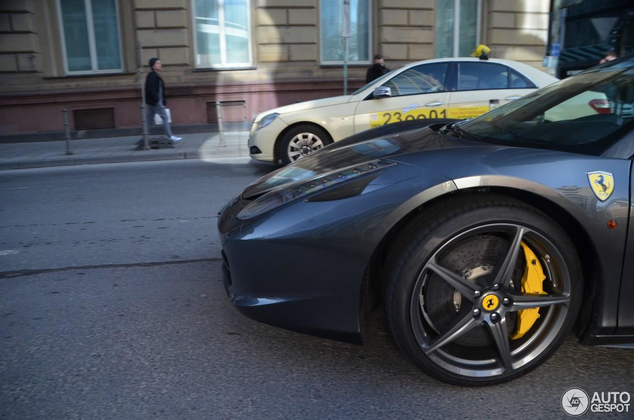Ferrari 458 Spider 3