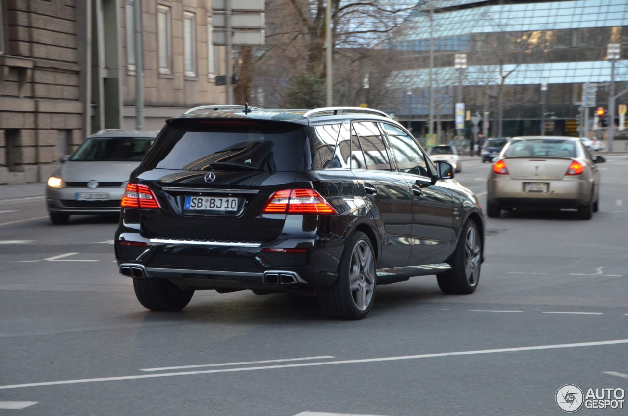 Mercedes-Benz ML 63 AMG W166 1