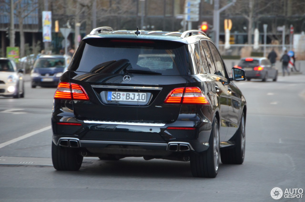 Mercedes-Benz ML 63 AMG W166 2
