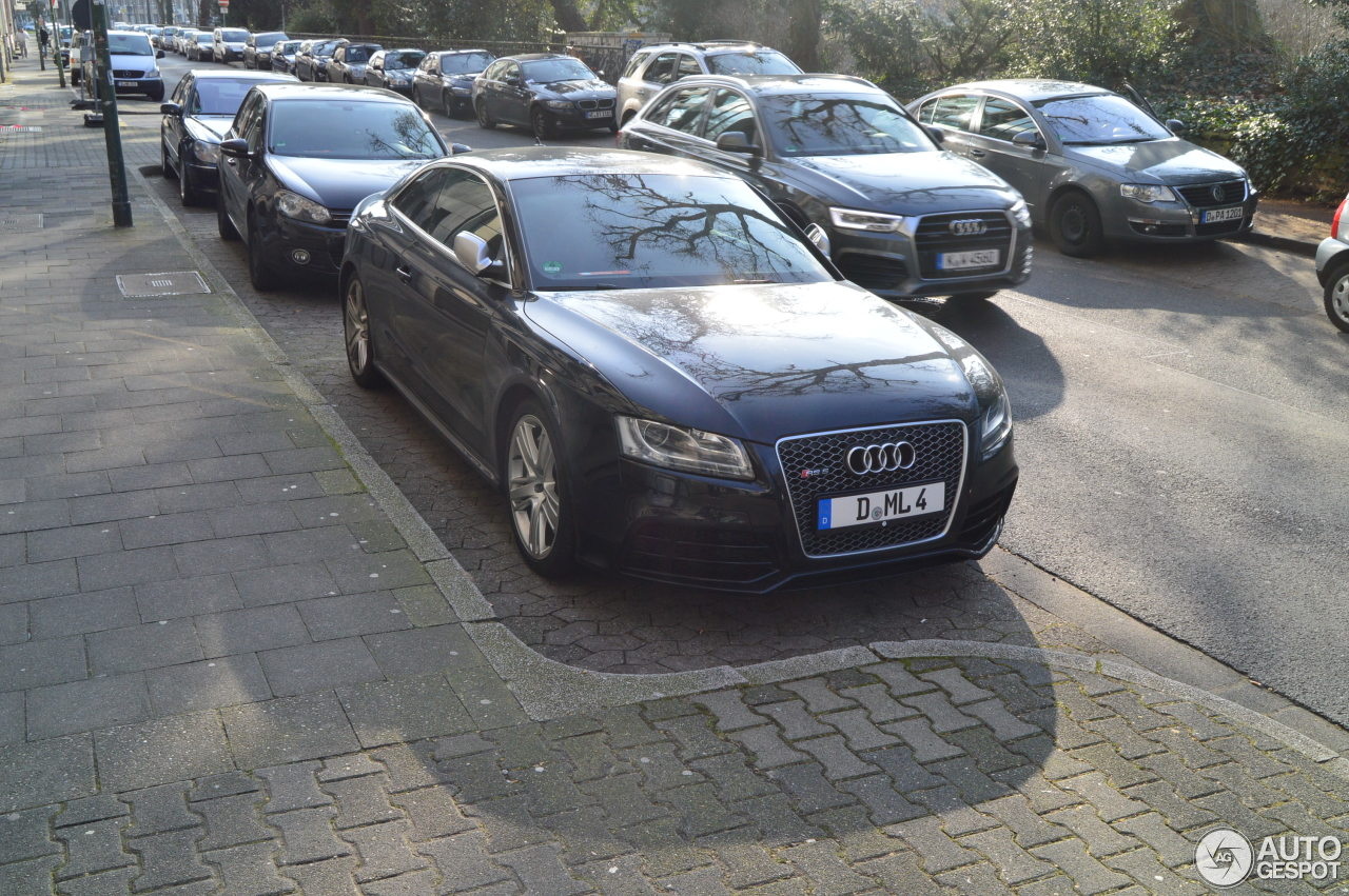 Audi RS5 B8 1