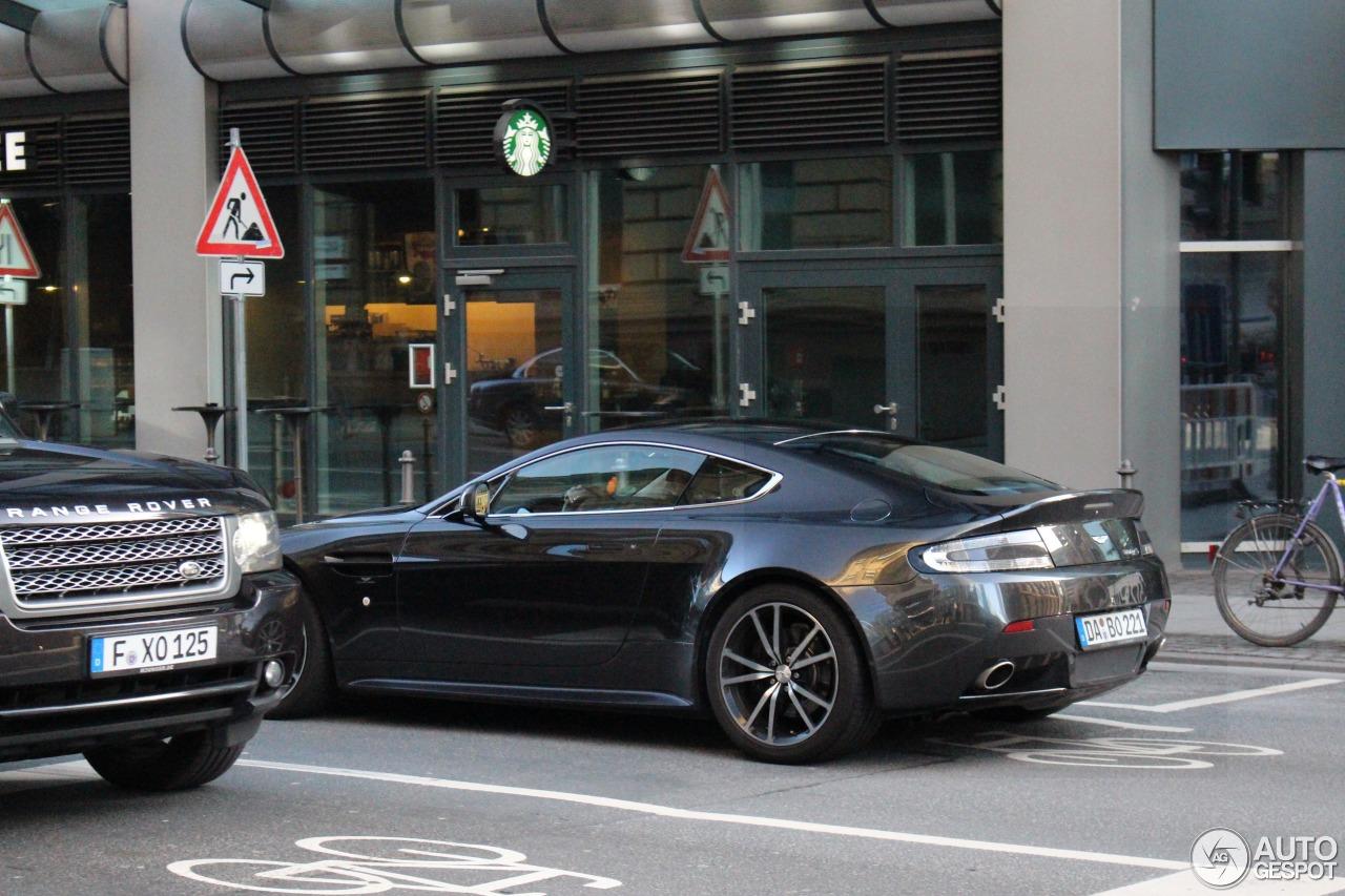 Aston Martin V8 Vantage S 6
