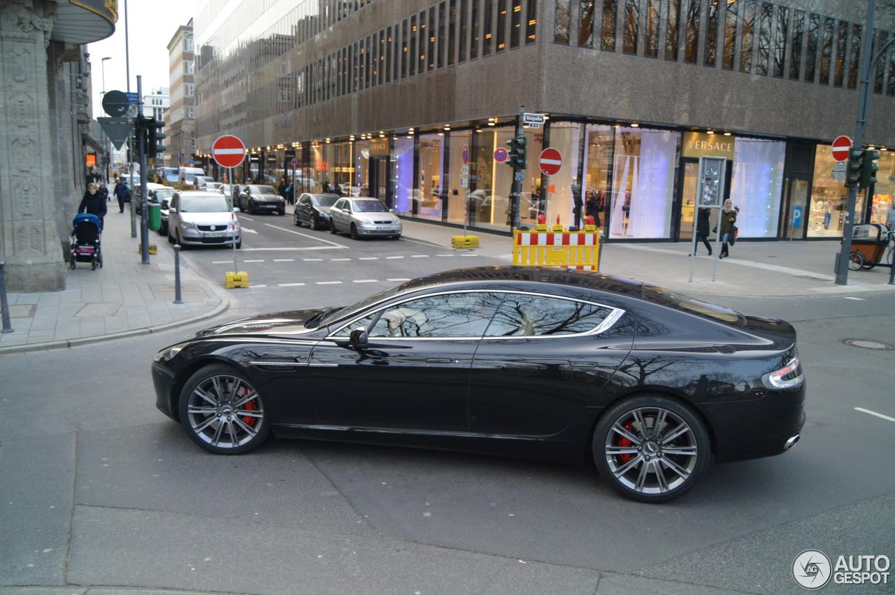 Aston Martin Rapide 4