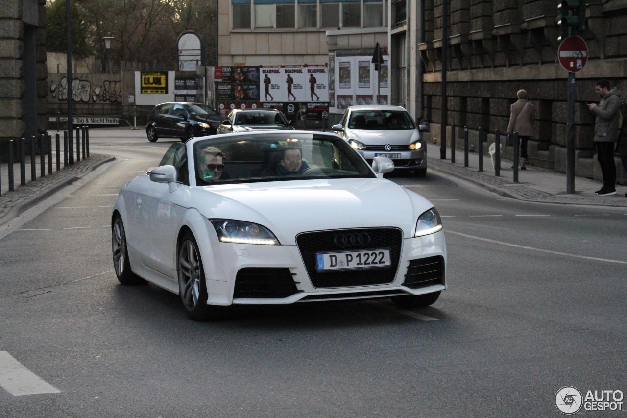 Audi TT-RS Roadster 1