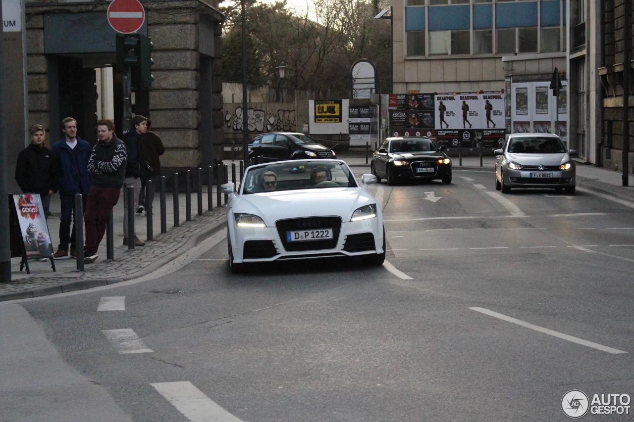 Audi TT-RS Roadster 2