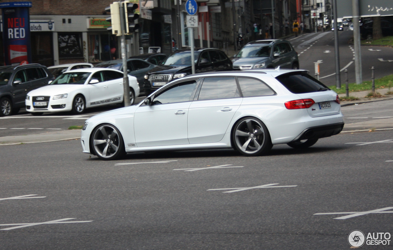 Audi RS4 Avant B8 3