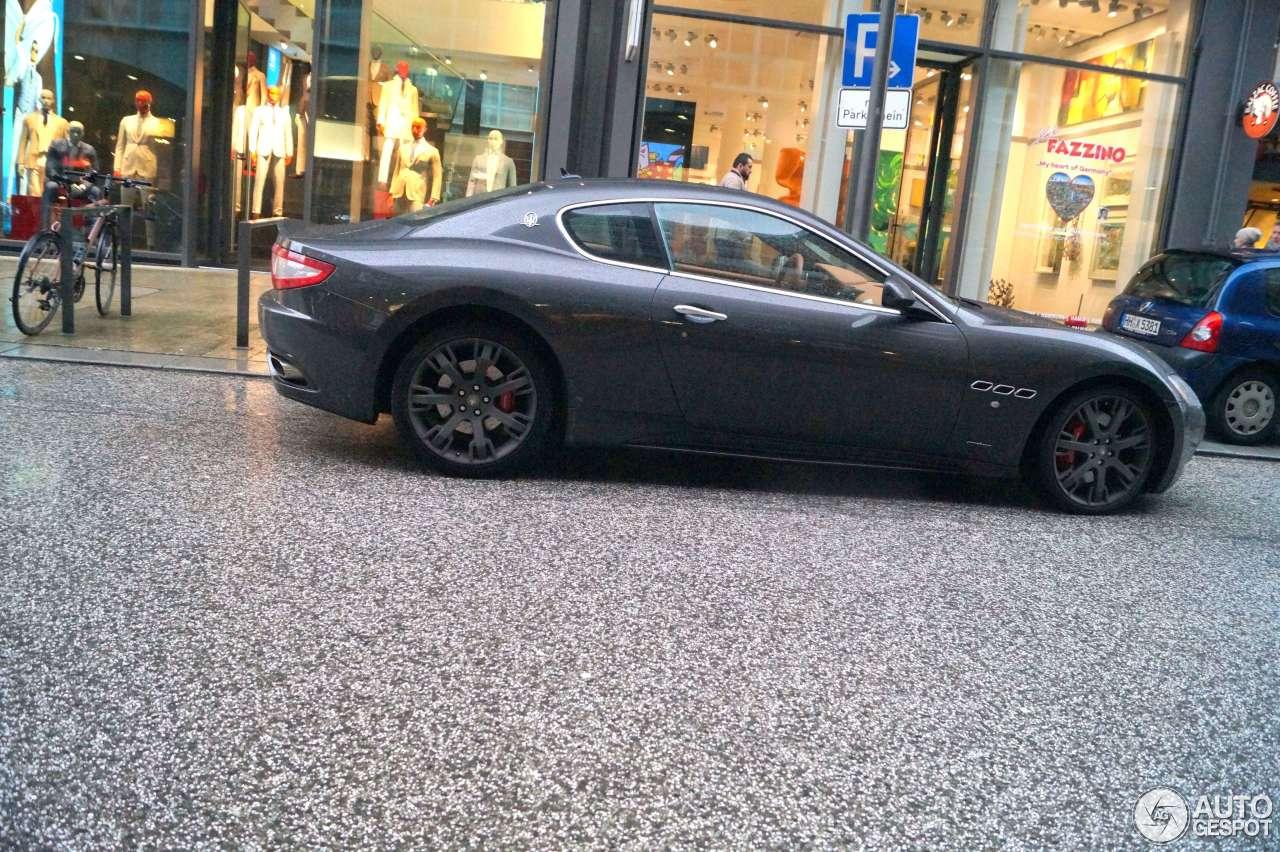 Maserati GranTurismo S 10