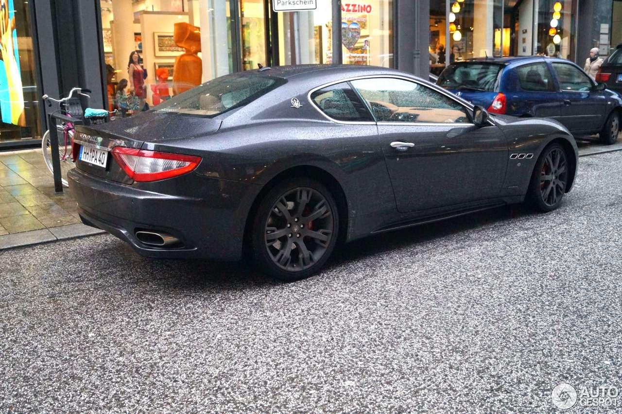 Maserati GranTurismo S 9