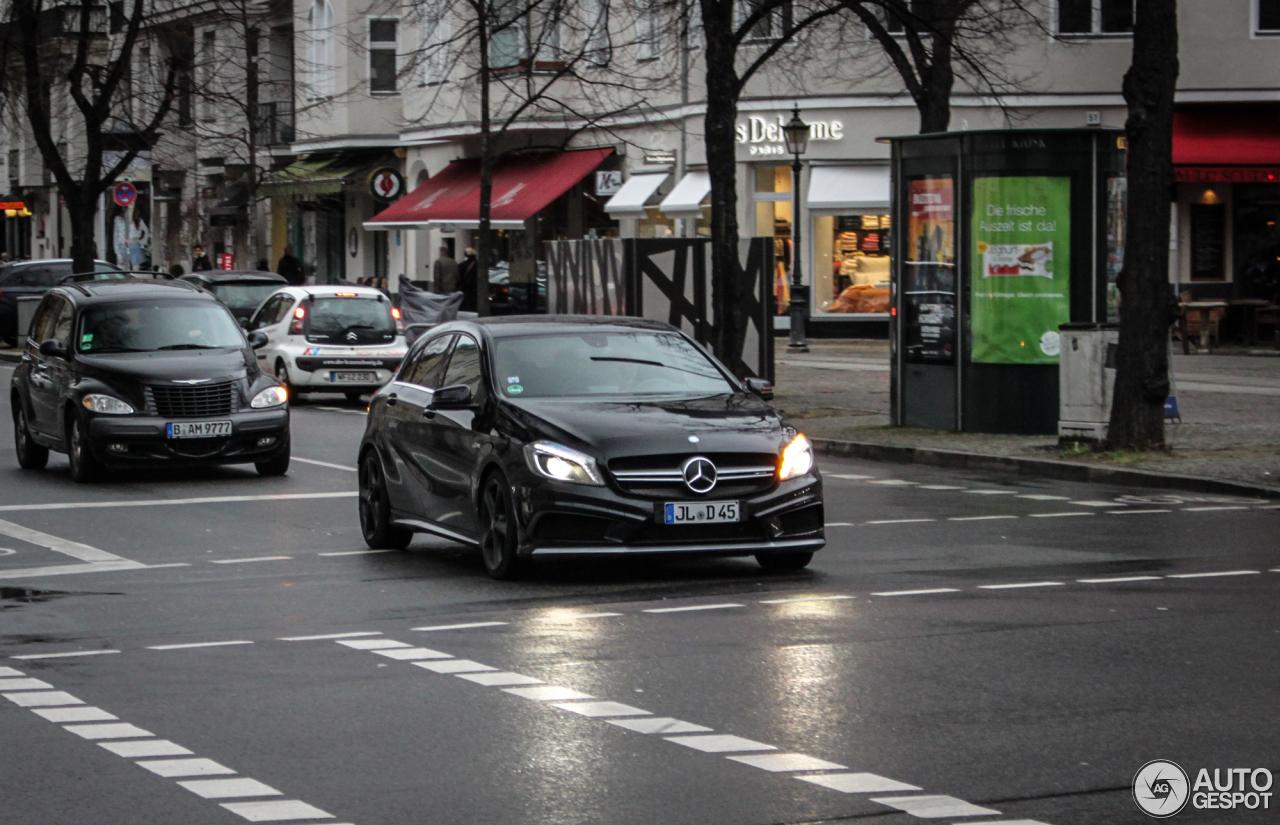 Mercedes-Benz A 45 AMG 4