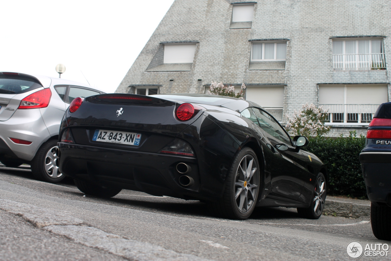 Ferrari California 10