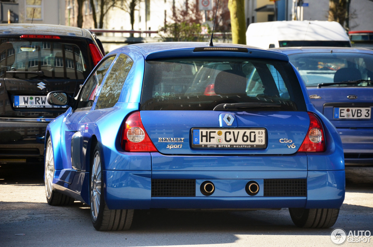 Renault Clio V6 Phase II 1