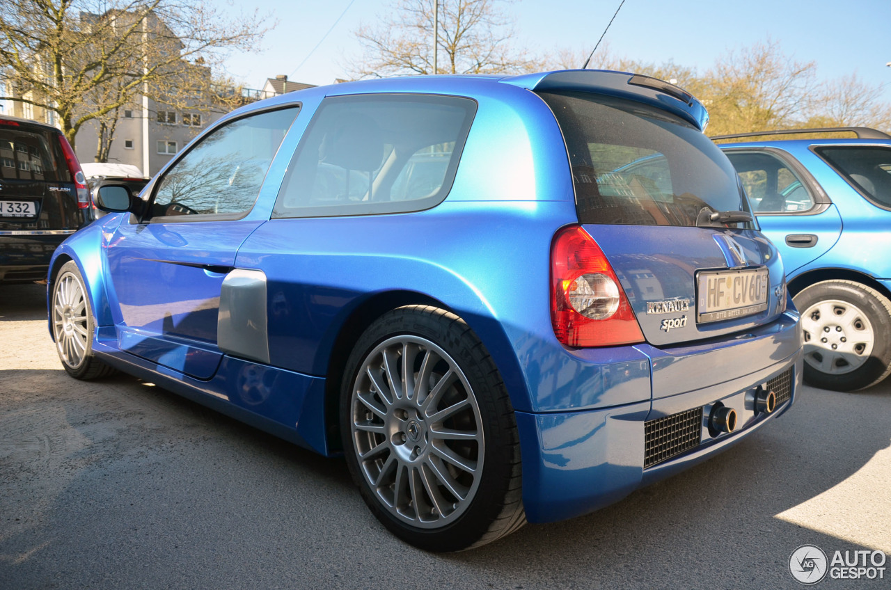 Renault Clio V6 Phase II 2