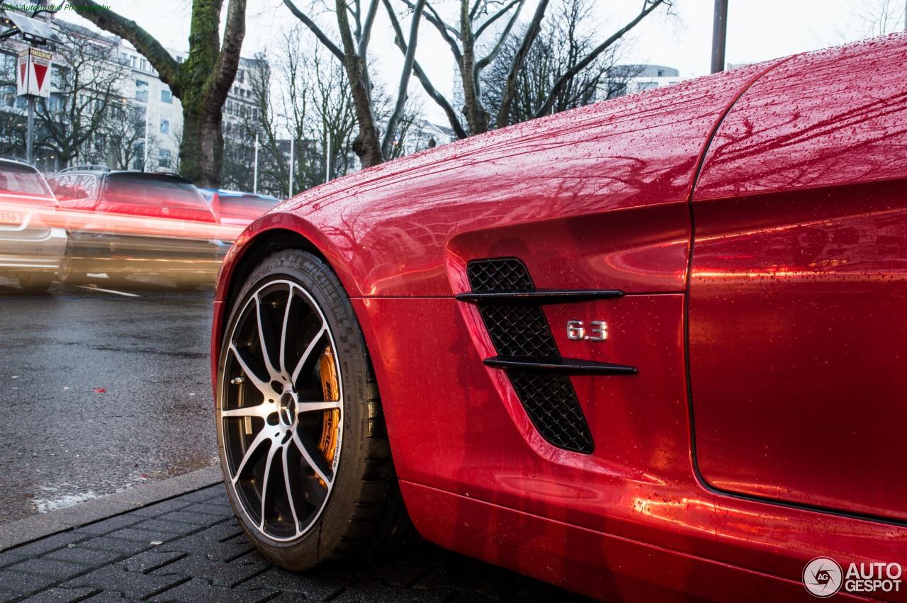 Mercedes-Benz SLS AMG 10
