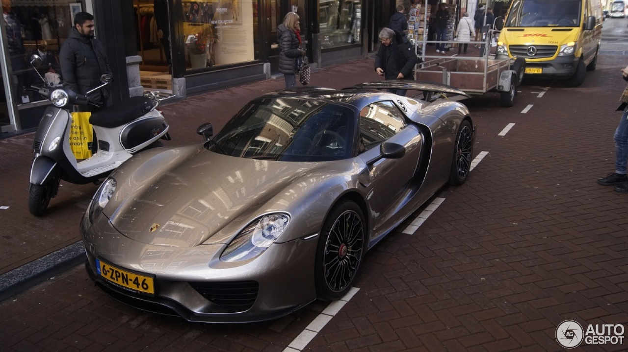 porsche 918 spyder weissach package 23 februari 2016. Black Bedroom Furniture Sets. Home Design Ideas