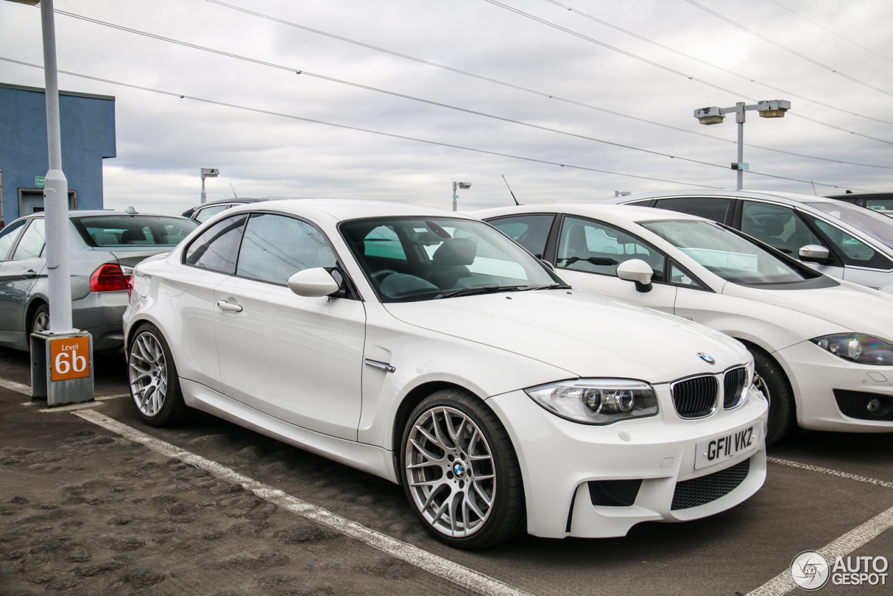 bmw 1 series m coup 25 february 2016 autogespot. Black Bedroom Furniture Sets. Home Design Ideas