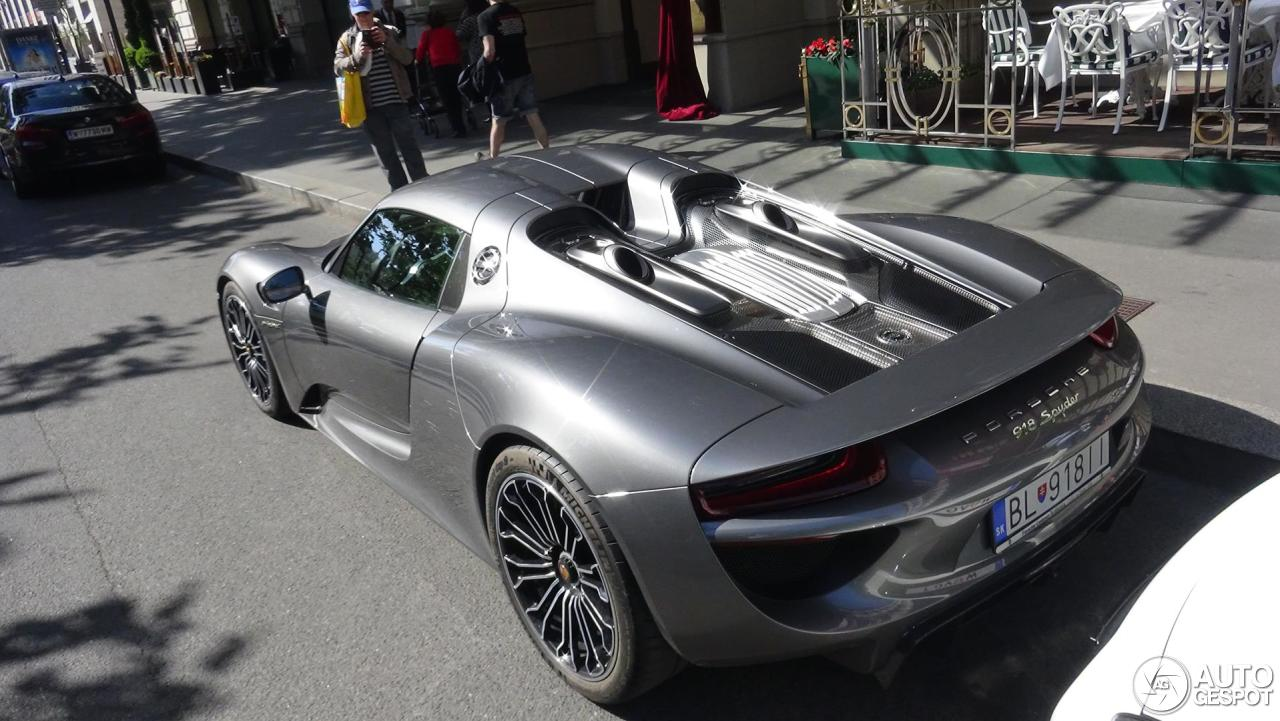porsche 918 spyder 25 februar 2016 autogespot. Black Bedroom Furniture Sets. Home Design Ideas