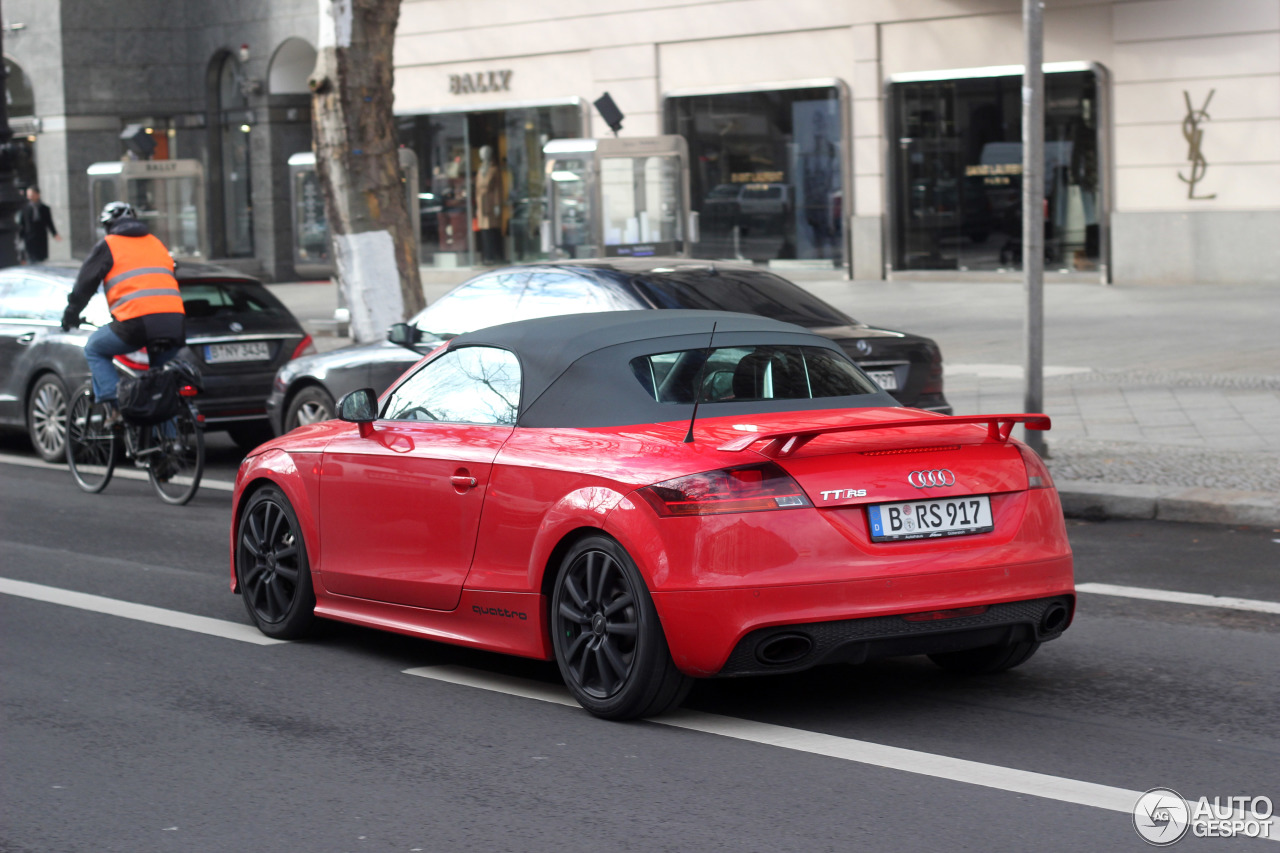 audi tt rs roadster 26 february 2016 autogespot. Black Bedroom Furniture Sets. Home Design Ideas