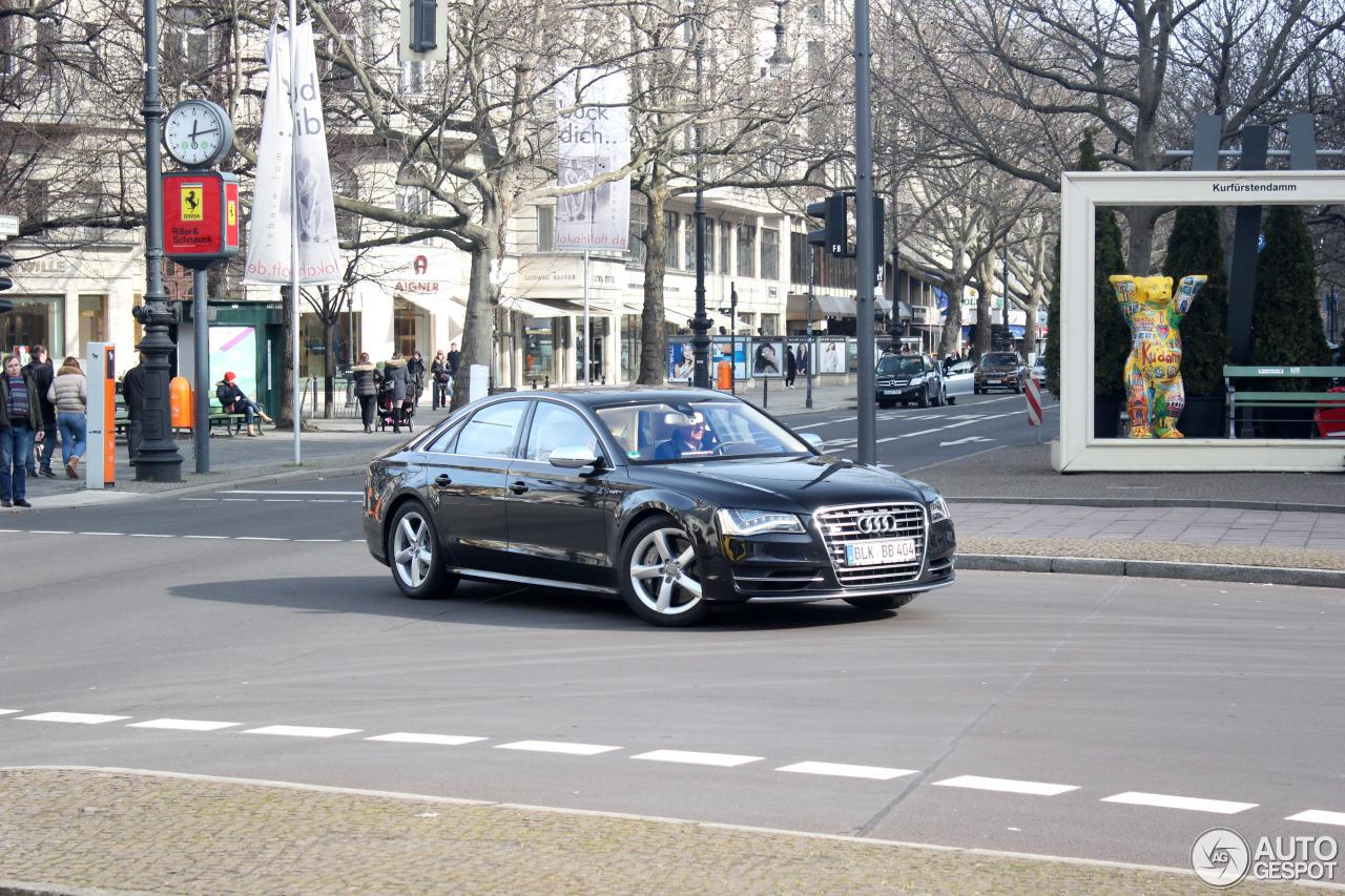 Audi S8 D4 2