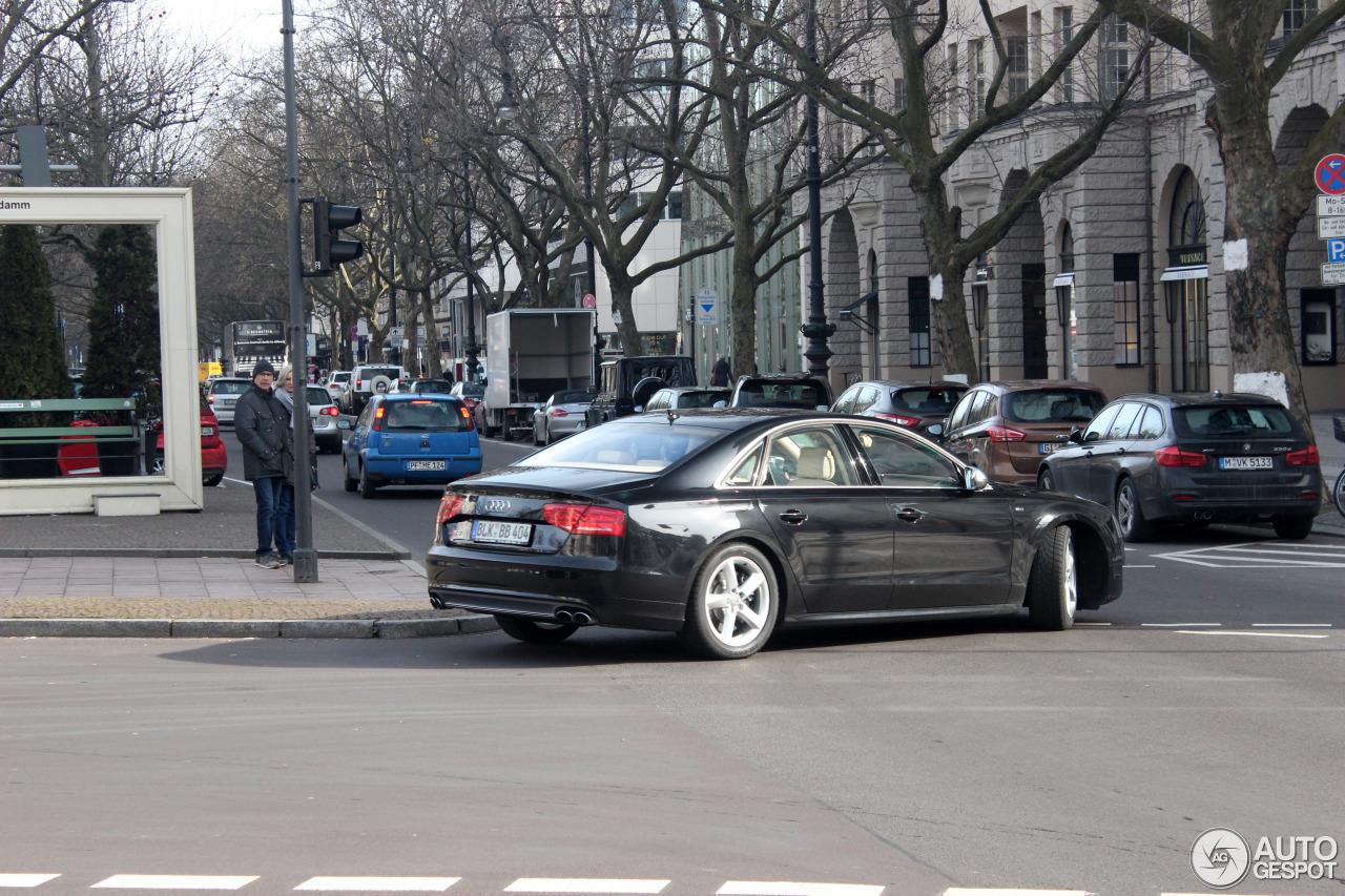 Audi S8 D4 5