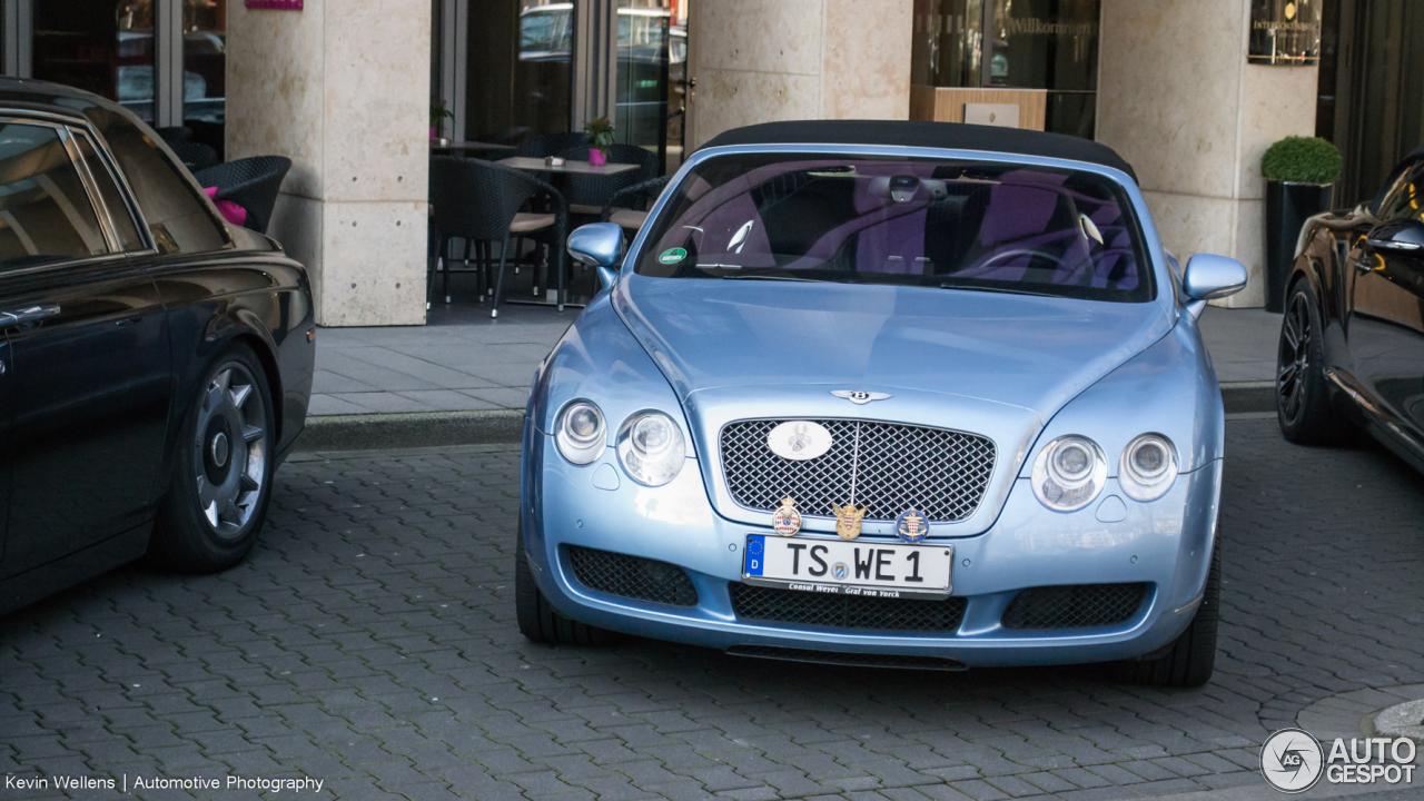 Bentley Continental GTC 2