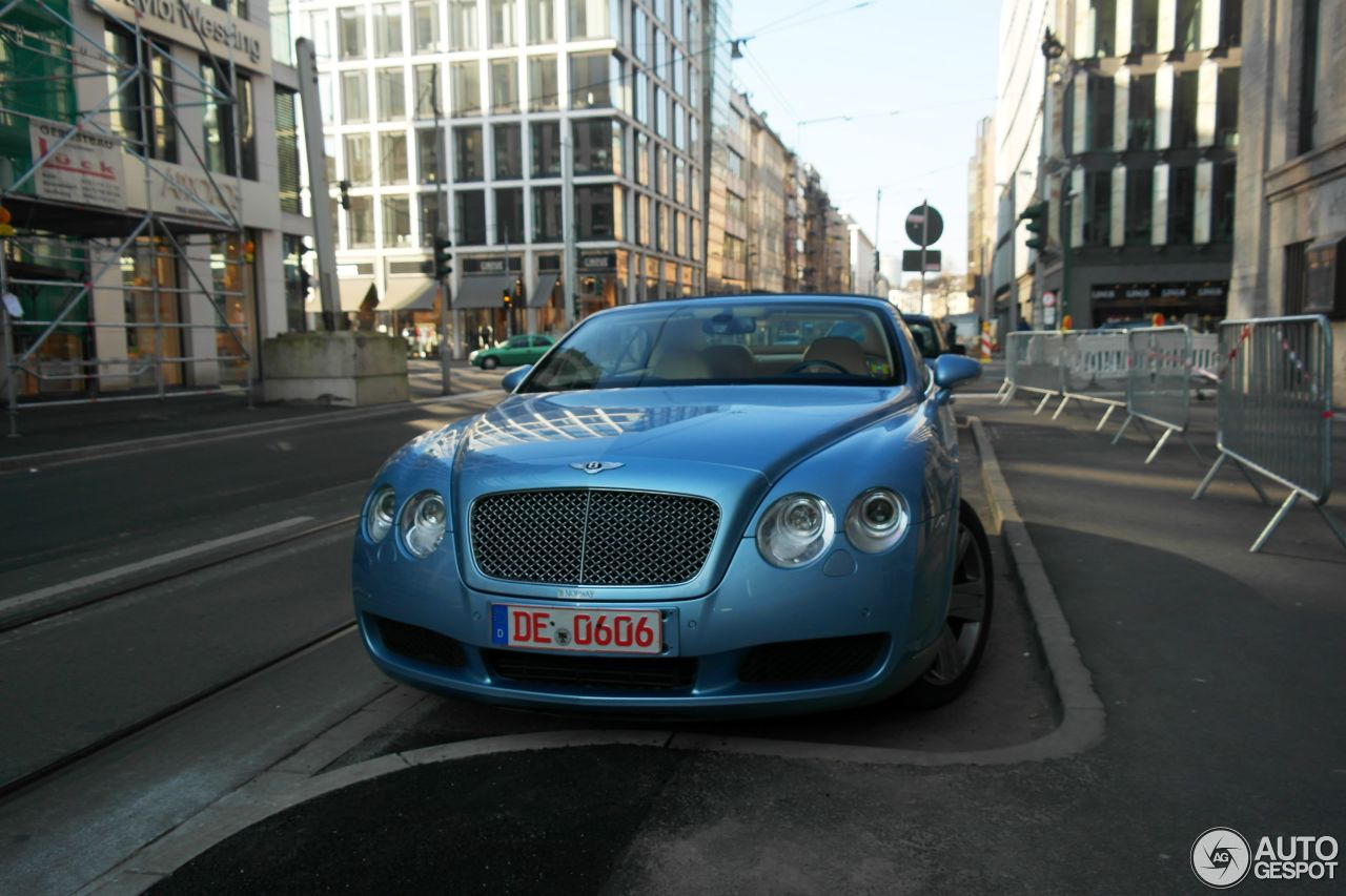 Bentley Continental GTC 10