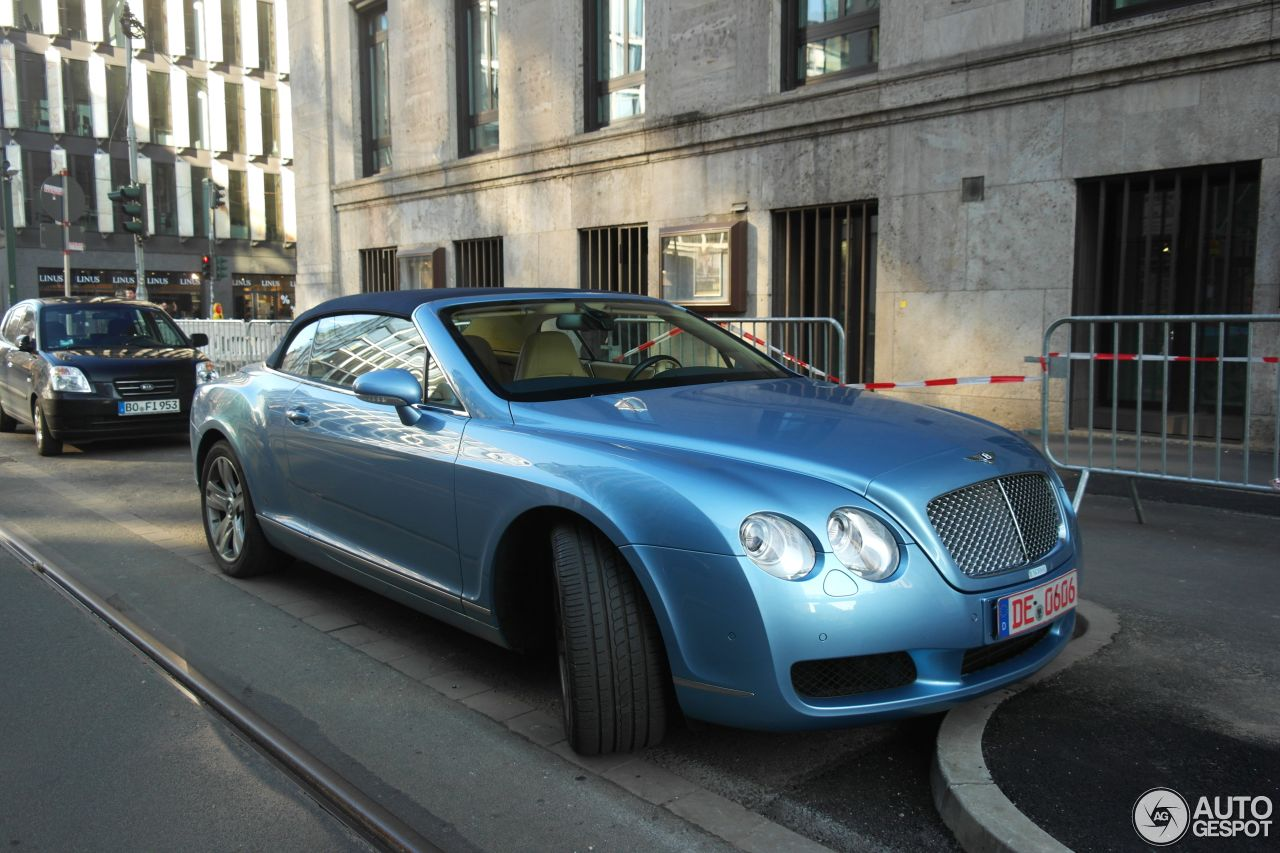 Bentley Continental GTC 7