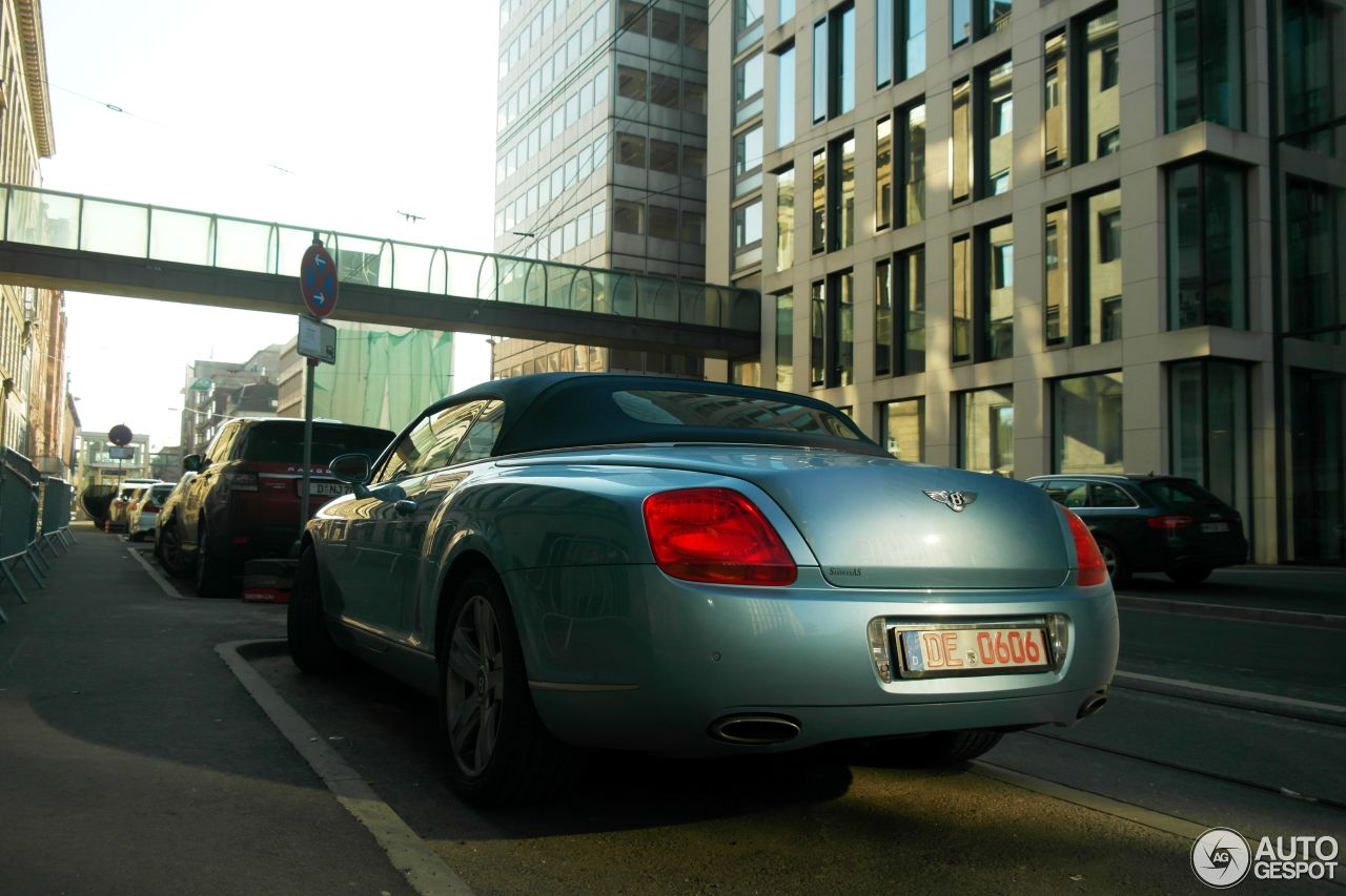 Bentley Continental GTC 9