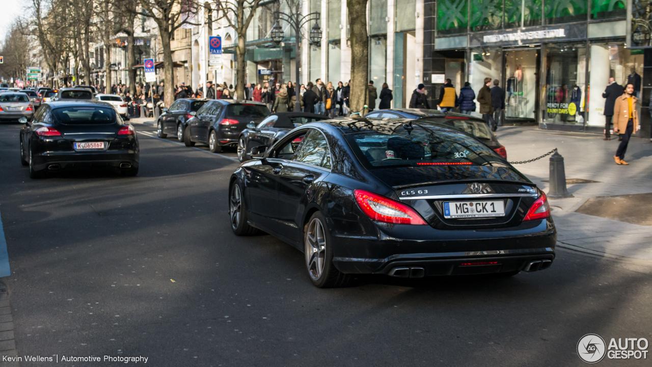 Mercedes-Benz CLS 63 AMG C218 4