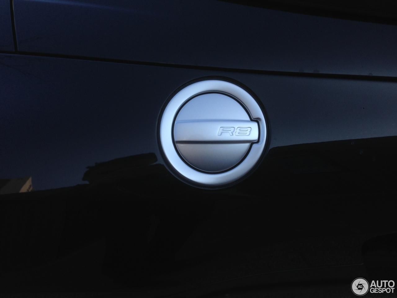 Audi R8 V8 Spyder 3