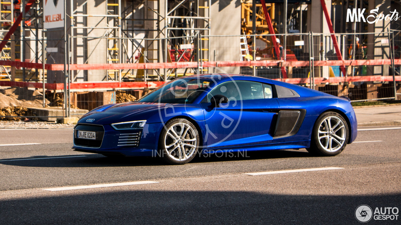 audi r8 e tron 2016 1 march 2016 autogespot. Black Bedroom Furniture Sets. Home Design Ideas