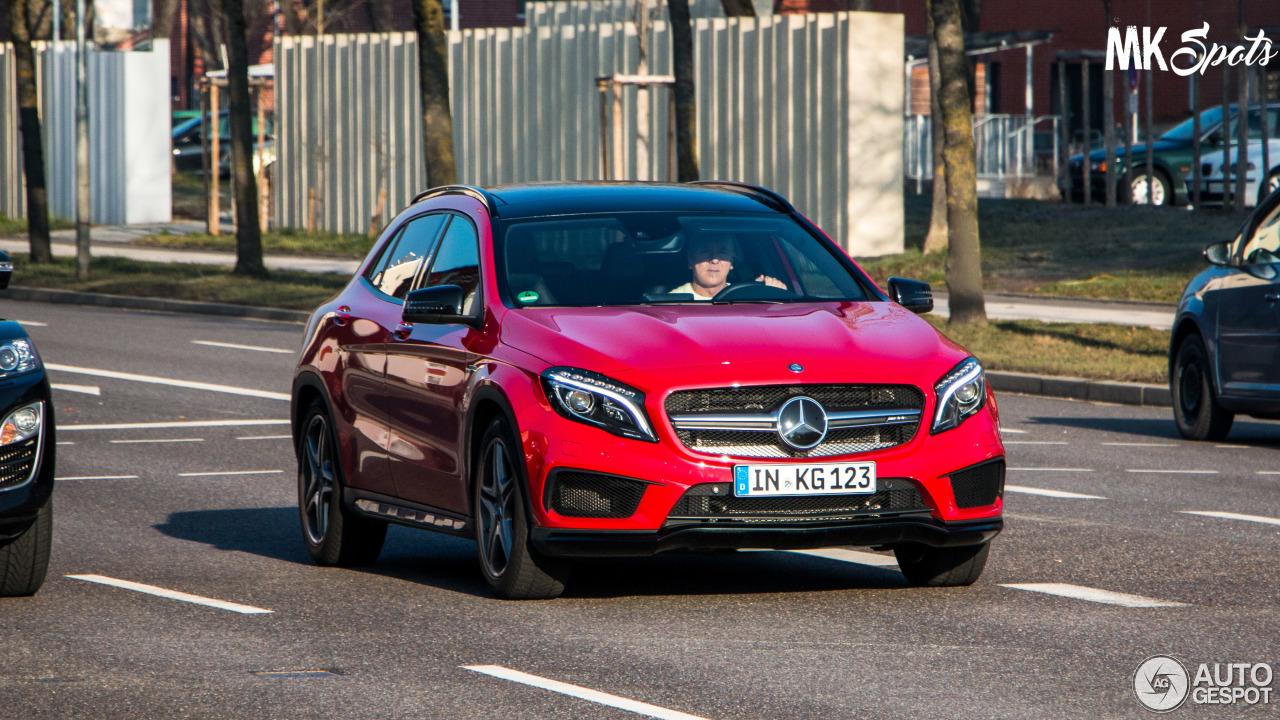 Mercedes-Benz GLA 45 AMG X156 1
