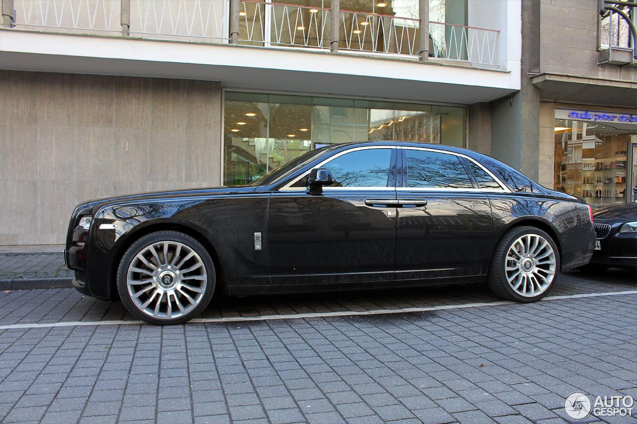 Rolls-Royce Ghost Series II 10