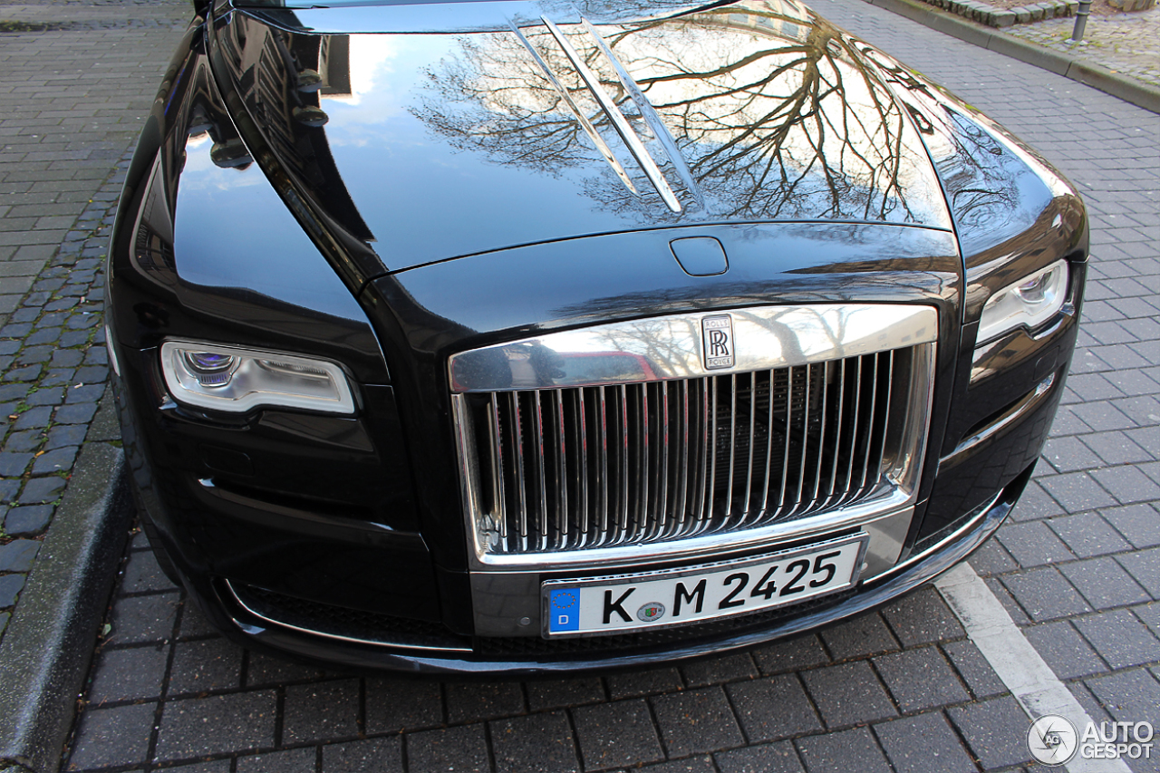 Rolls-Royce Ghost Series II 9