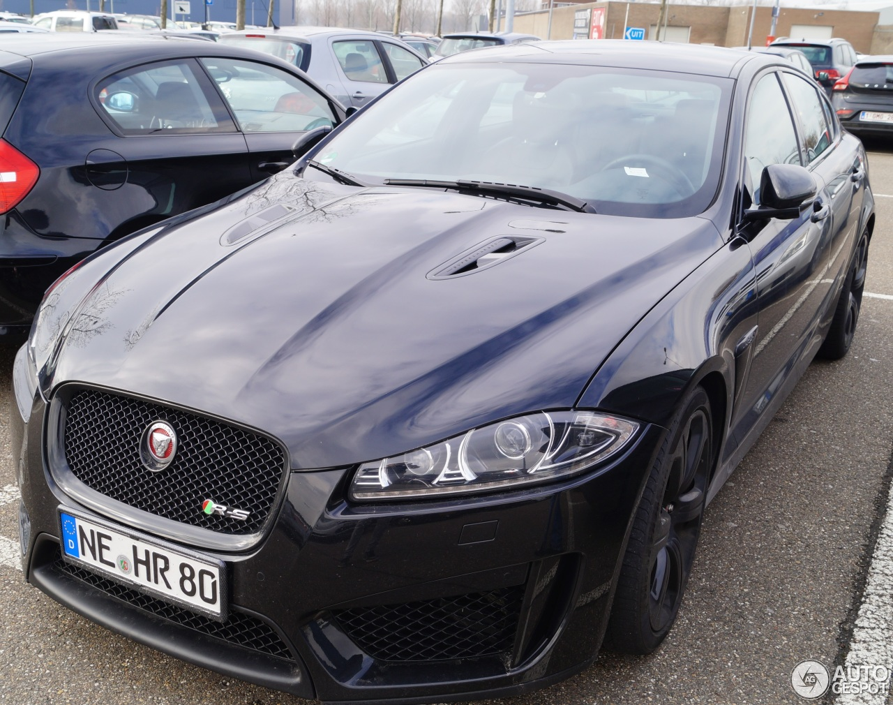 jaguar xfr s 5 march 2016 autogespot. Black Bedroom Furniture Sets. Home Design Ideas