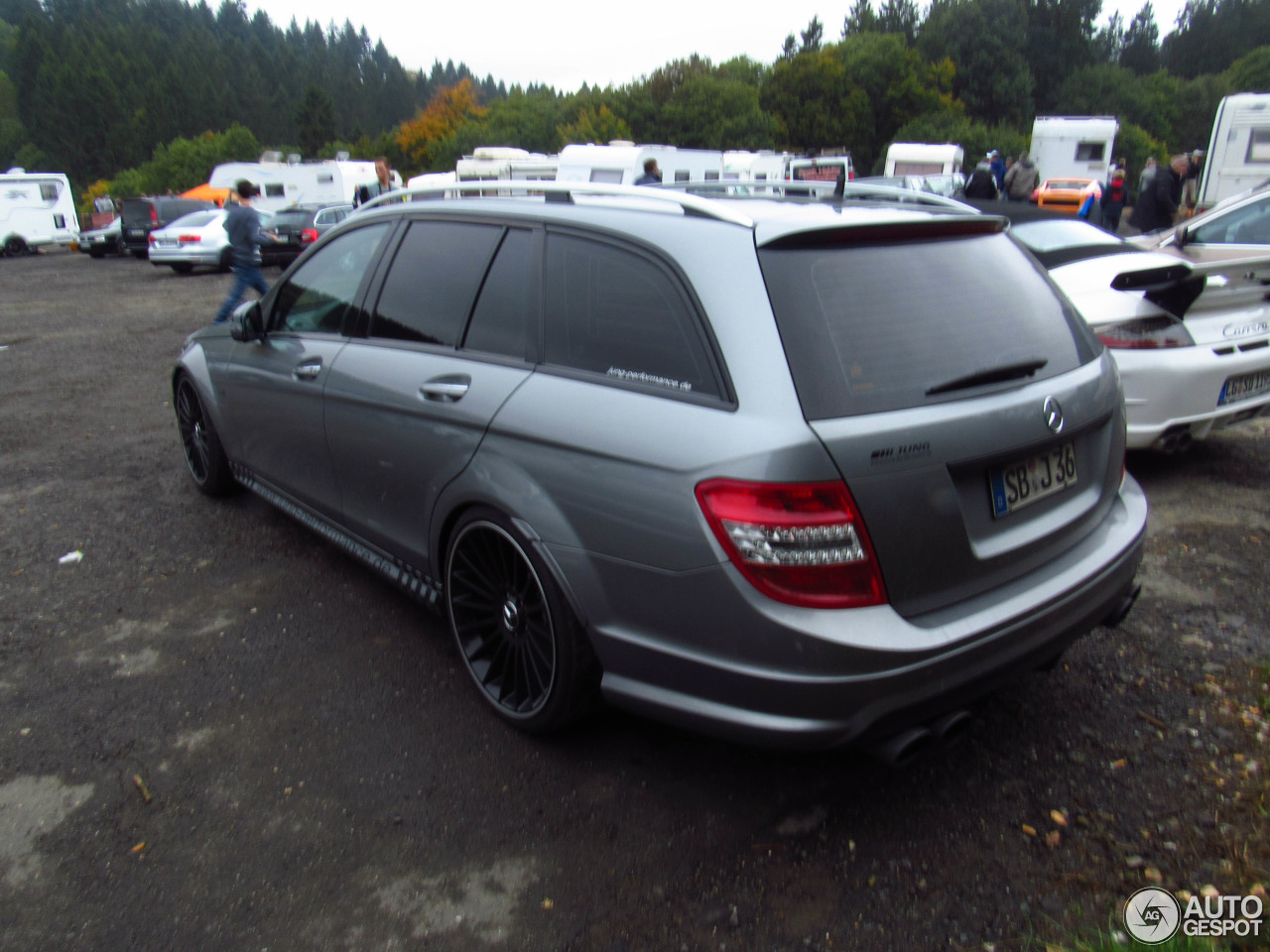 Mercedes-Benz C 63 AMG Estate 3