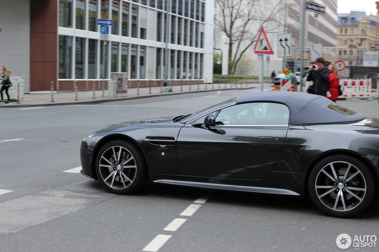 Aston Martin V8 Vantage S Roadster 3