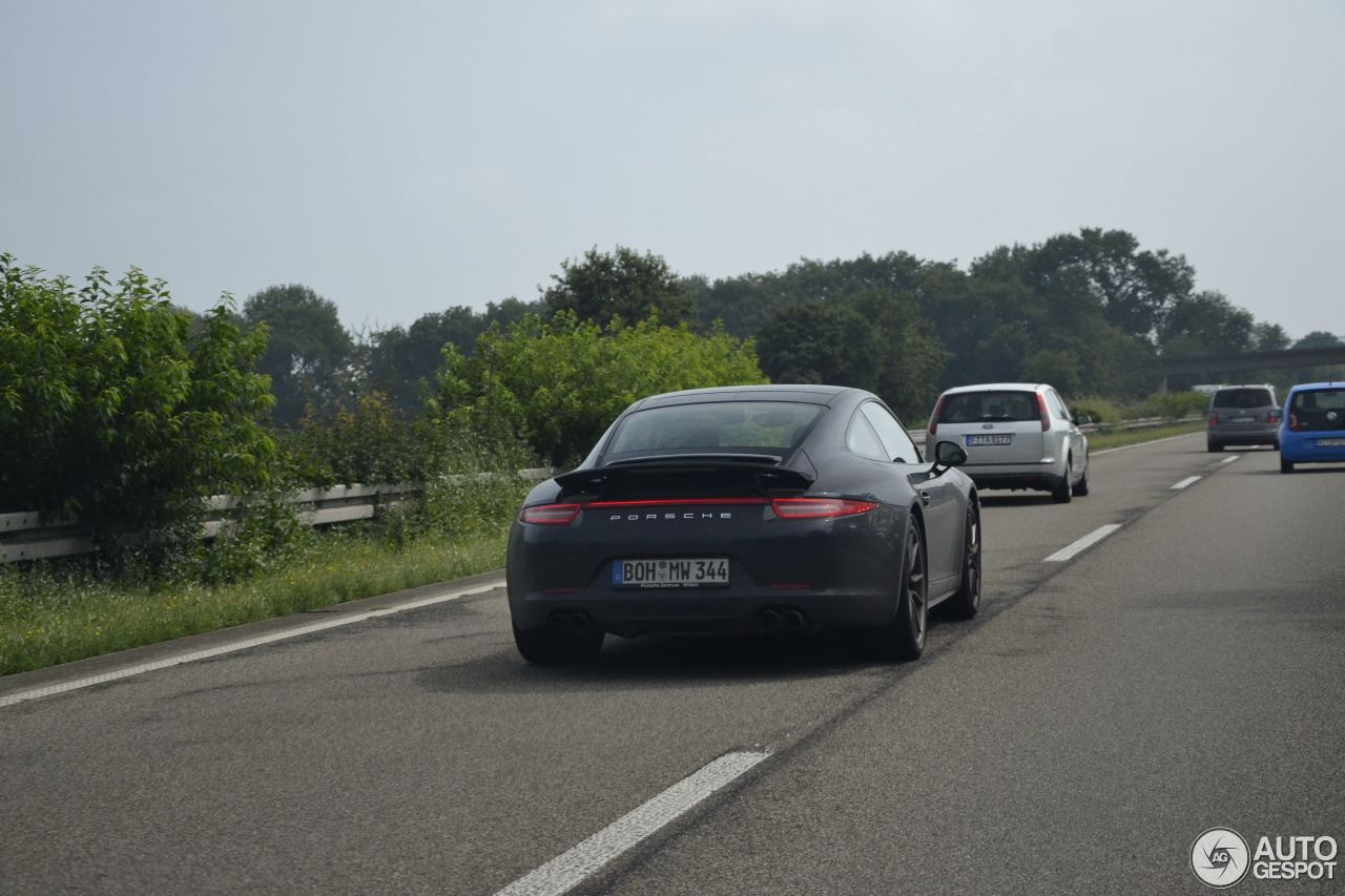 Porsche 991 Carrera 4S 3