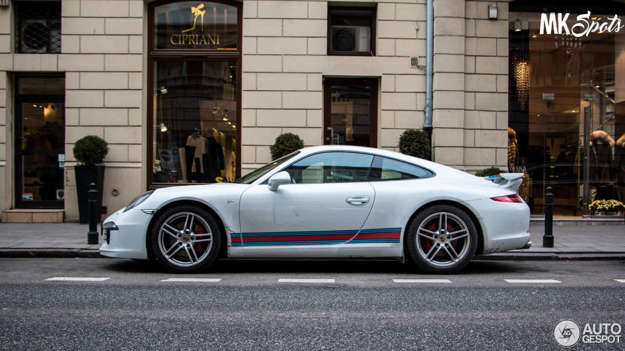 Porsche 991 Carrera S Martini Racing Edition 11 March
